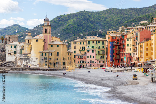 Keuken foto achterwand Stad aan het water Camogli, Italy. 04-29-2019. Beach and colored houses at Camogli. Liguria. Italy.