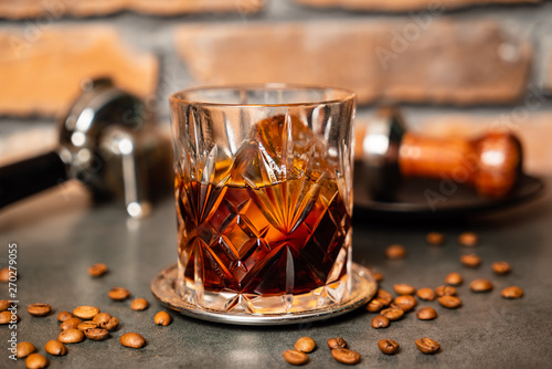 Fotografie, Obraz coffee old fashioned cocktail