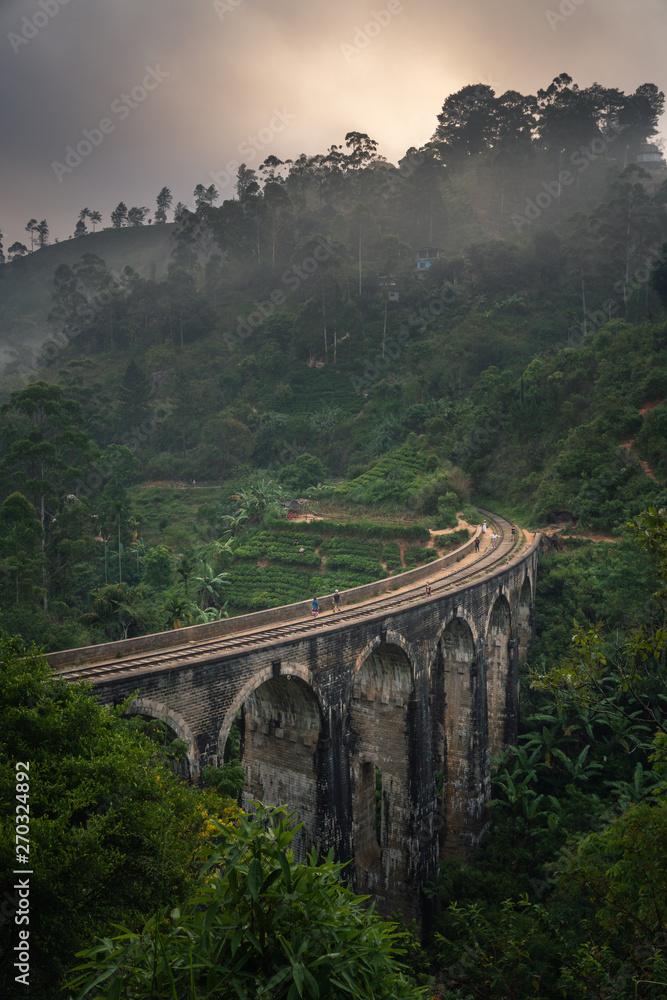 Fototapeta ella nine arch bridge sri lanka
