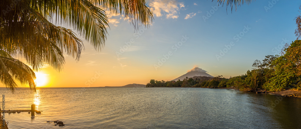 Fototapeta Panoramic view at the sunset with Conception Volcano at the Nicaragua lake in Ometepe Island - Nicaragua