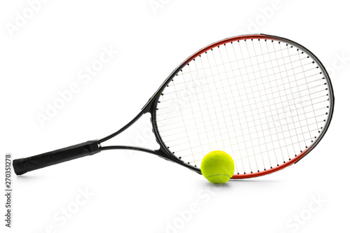 Photo Tennis racket and ball on white background