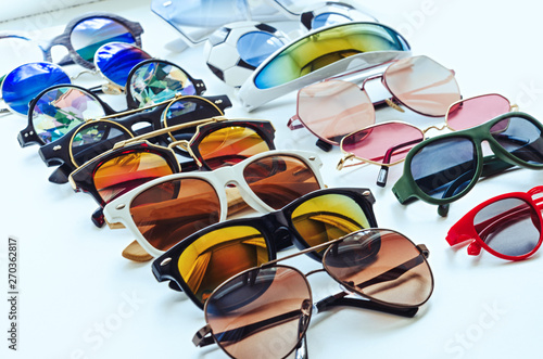 Tablou Canvas A variety of sunglasses. Summer