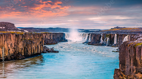 Foto auf AluDibond Himmelblau Colorful summer landscape on Jokulsa a Fjollum river. Beautiful sunrise scene on the Selfoss Waterfall in Jokulsargljufur National Park, Iceland, Europe. Beauty of nature concept background.