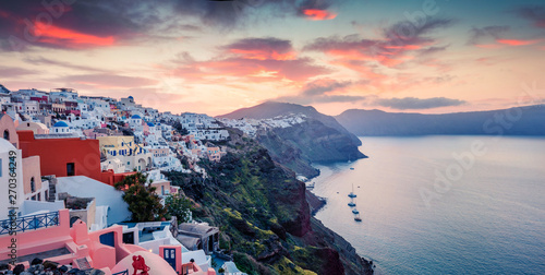 Montage in der Fensternische Santorini Splendid morning panorama of Santorini island. Picturesque spring sunrise of famous Greek resort Oia, Greece, Europe. Traveling concept background. Artistic style post processed photo.