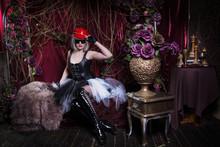 Pretty Gothic Girl In A Dark R...
