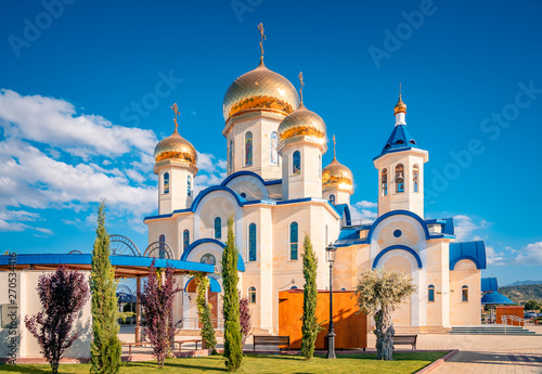 Obraz na plátně  Russian style orthodox church dedicated to Saint Andrew at the village Episkopio