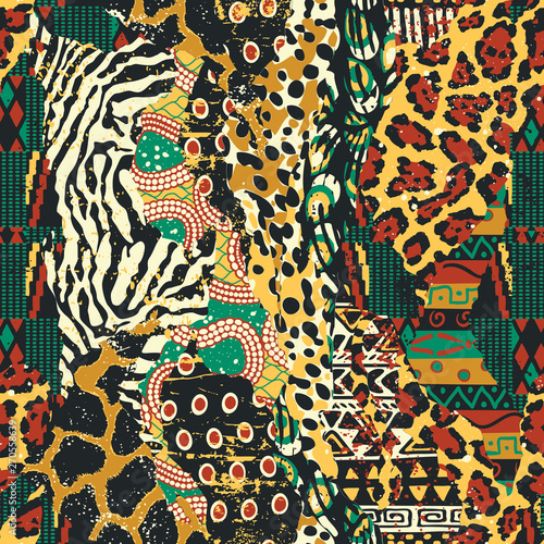 mata magnetyczna Traditional african fabric and wild animal skins patchwork wallpaper vector seamless pattern