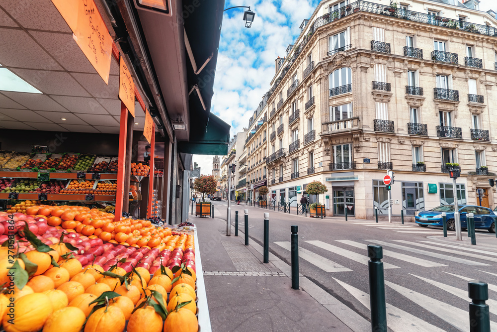 Fototapety, obrazy: Streets of Paris, France. Blue sky, buildings, traffic and street fruit market.