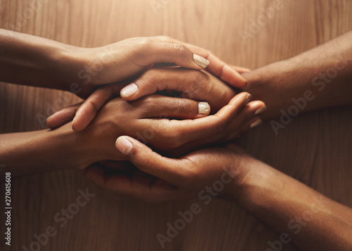 Top view of couple holding their hands Fototapete