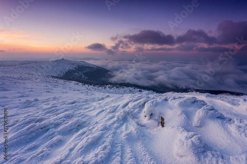 Obraz Karkonosze o poranku - Góry Sudety - fototapety do salonu