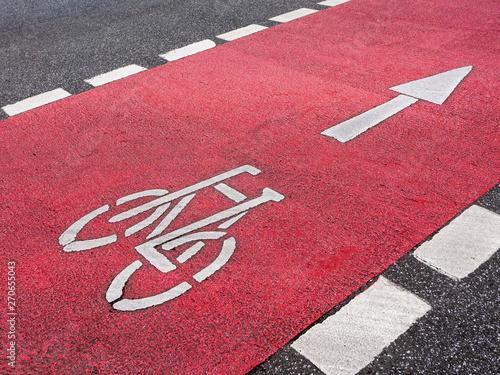 obraz PCV Straßenmarkierung Fahrradweg