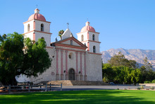 Mission Santa Barbara With Santa Ynez Mountains In The Background