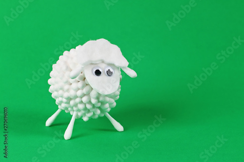 Diy Eid al adha lamb sheep cotton pads, cotton buds, swabs Gift idea, decor Eid Canvas-taulu
