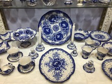 Blue Porcelain Crockery For Sa...