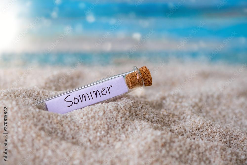 Leinwandbild Motiv - Sonja Birkelbach : Flaschenpost mit Zettel am Strand: Sommer