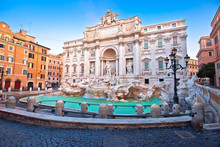 Majestic Trevi Fountain In Rom...