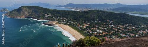 Foto auf Leinwand Grau Verkehrs Niterói and Rio coastline