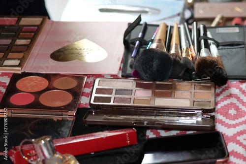 Maquillage Canvas Print