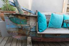 Recycling: Altes Boot Als Sitz...