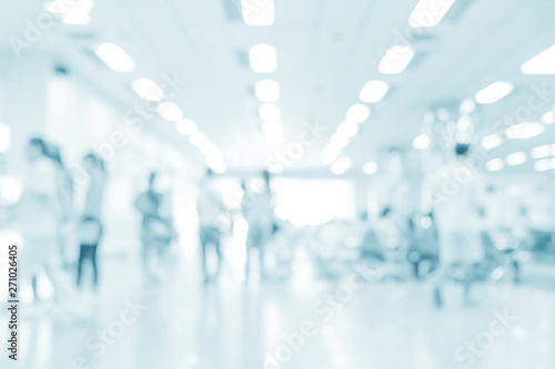 Fotografia  Blurred interior of hospital - abstract medical background.