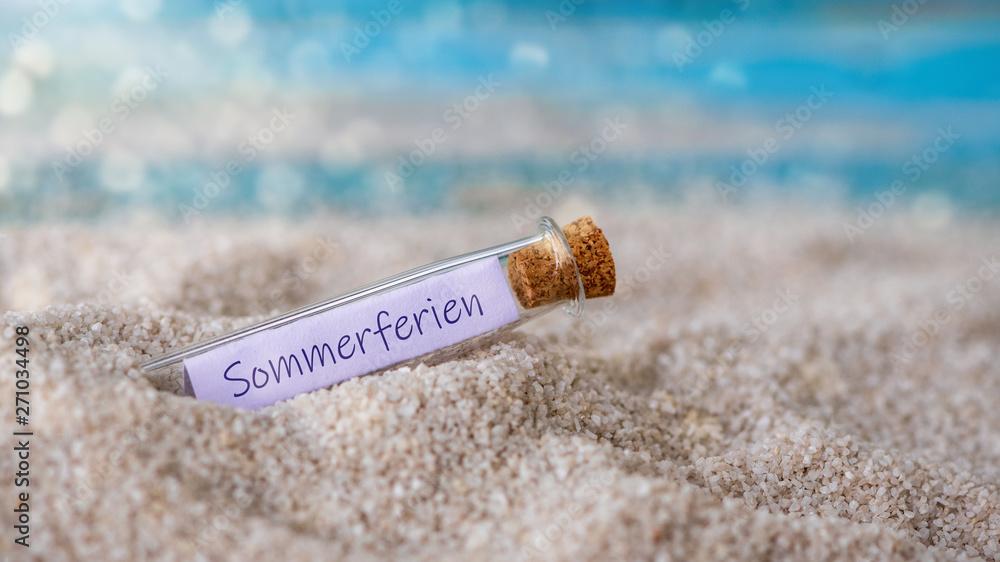 Leinwandbild Motiv - Sonja Birkelbach : Flaschenpost mit einem Zettel: Sommerferien