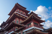 SINGAPORE-October 14 2018:  The Buddha Tooth Relic Temple 5-storied Temple In Chinatown