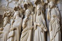 Statues De La Cathédrale De C...