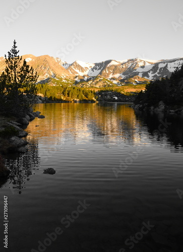 Photo sur Toile Gris traffic Sunset on a lake in mountain