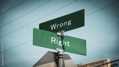 Pinturas sobre lienzo  Street Sign to Right versus Wrong