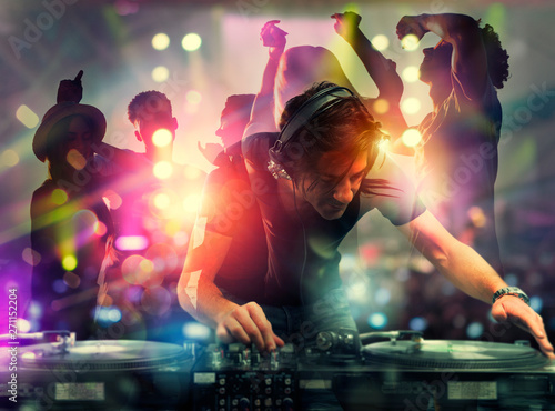 Naklejki taniec dj-playing-music-at-the-discotheque-double-exposure