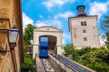 Uspinjača u staroj povijesnoj jezgri Zagreba