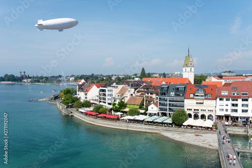 Obraz Friedrichshafen, Bodensee, Zeppelin, Stadtpanorama (Deutschland) - fototapety do salonu