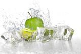 Ice cubes with apple | jabłko z kostkami lodu