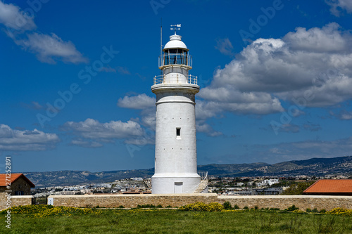 Valokuva View of the old lighthouse at the Kato Paphos Archaeological Park in Cyprus