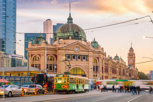 Fototapeta premium Dworzec kolejowy Melbourne Flinders Street w Australii