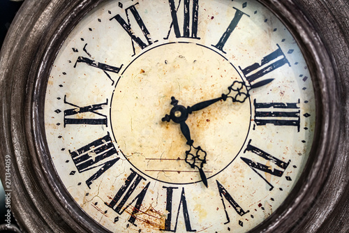 Obraz Close up old antique classic clock. Concept of time, history, science, memory, information. Retro style. Vintage background. - fototapety do salonu