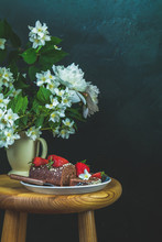 Chocolate Roll Cake With Fresh Strawberries