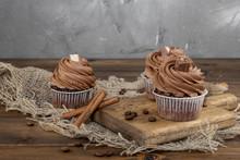 Brown Cupcakes With Cocoa Crea...