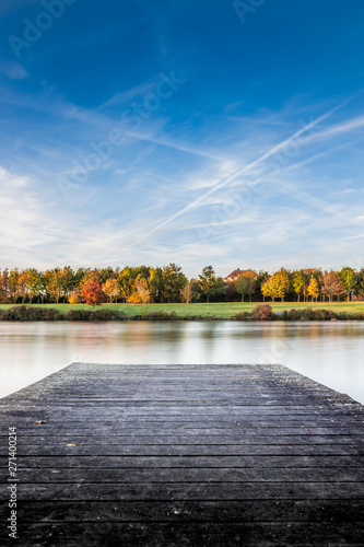 Foto op Plexiglas Grijs Lake in fall colours