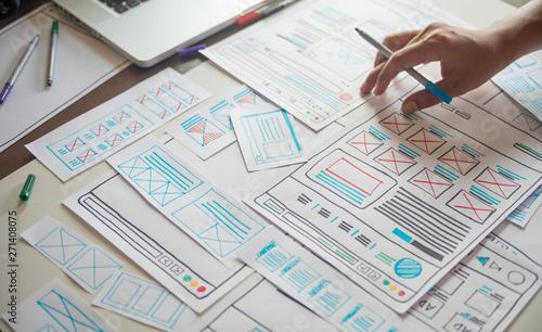 Fotografia Website designer Creative planning application developer development draft sketch drawing template layout prototype framework wireframe design studio