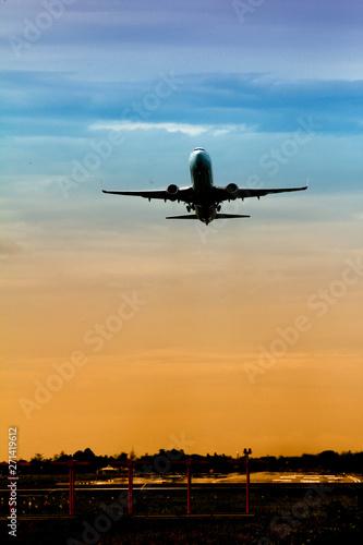 Tuinposter Vliegtuig airplane