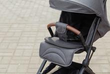 Original Baby Stroller, Close-...