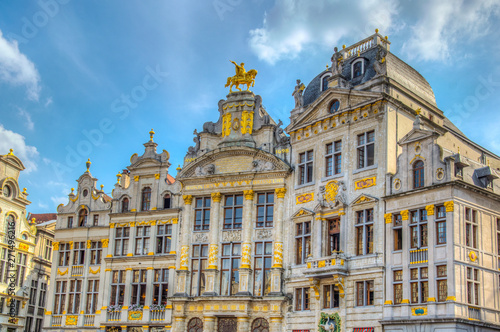 Photo  Colorful facades of houses situated on Grote Markt in Brussels, Belgium