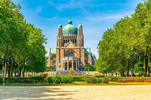 Photo National basilica of sacred heart of Koekelberg in Brussels, Belgium