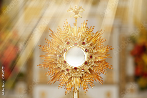 Ostensorial adoration in the catholic church Canvas Print