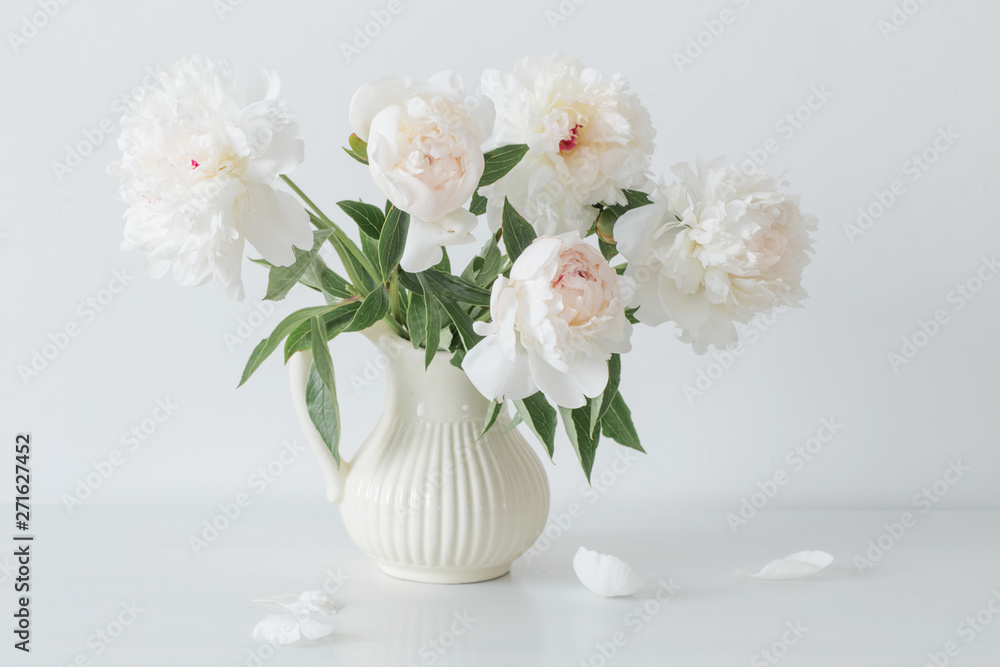 Fototapety, obrazy: peonies flowers in vase on white background