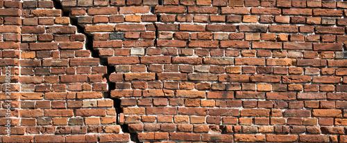 Fotografía  Red brick wall texture for background, Old red brick wall damaged background
