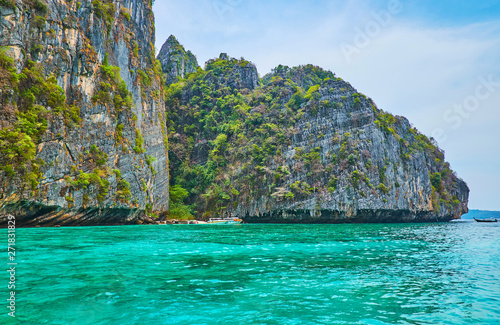 Fotografie, Obraz  The beauty of Phi Phi Leh Island, Krabi, Thailand