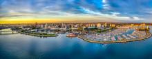 Long Beach Bay In Los Angeles ...