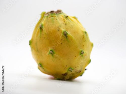Valokuvatapetti London, UK - June 2019 – Isolated Yellow Dragon Fruit From The London Produce Sh